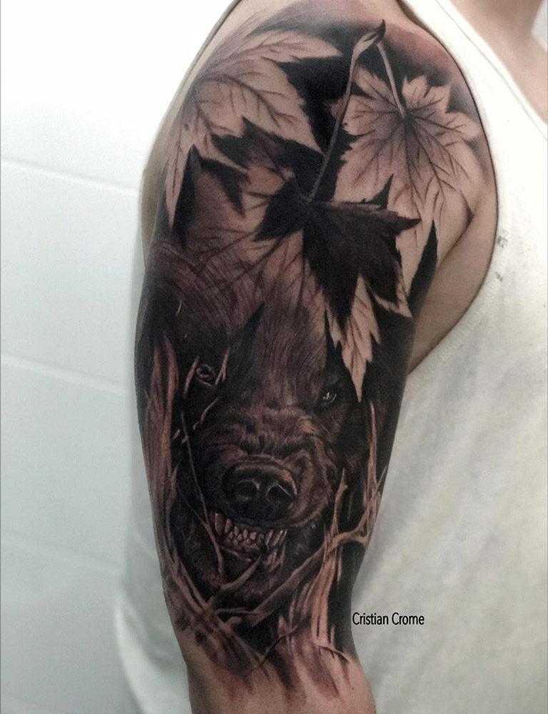 Tatuaje en realismo de Lobo por Cristian