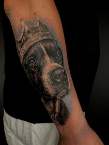 tatuaje en realismo de mascota en madrid