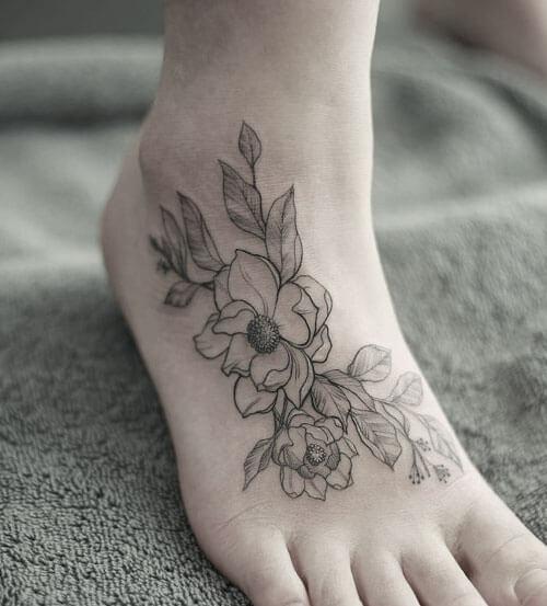 Tatuaje en el pie de flores, Madrid