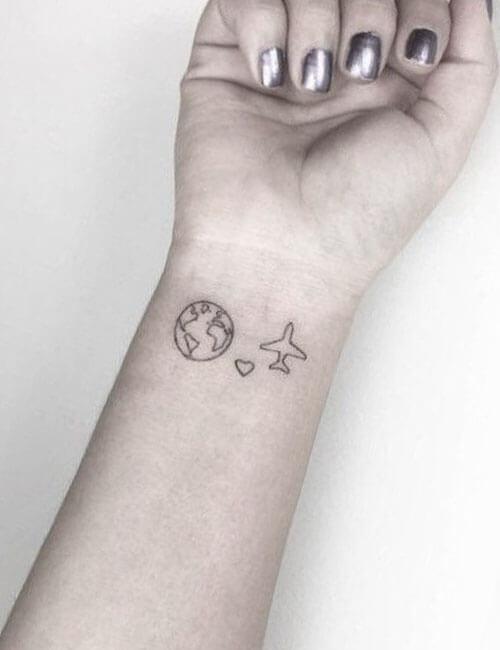 Tatuajes en la muneca en Baltasar Madrid
