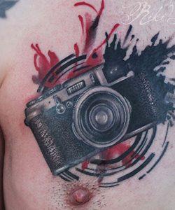 tatuaje de camara retro