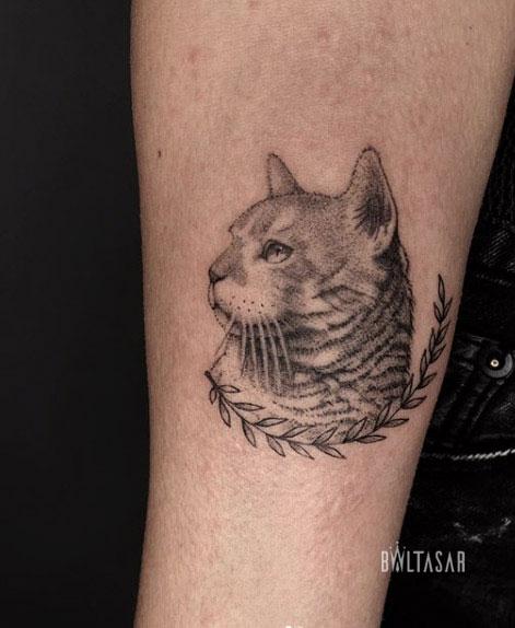 microilustracion tatuaje de gata