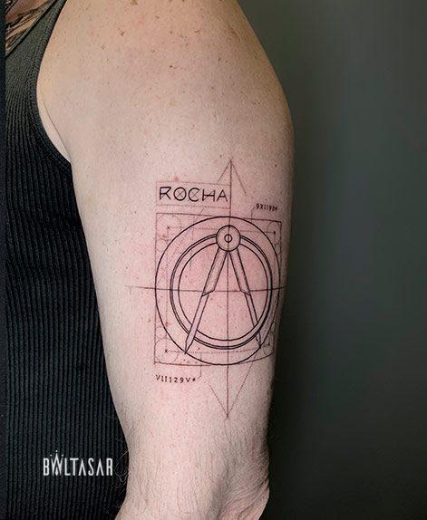 tatuaje line fina geometria