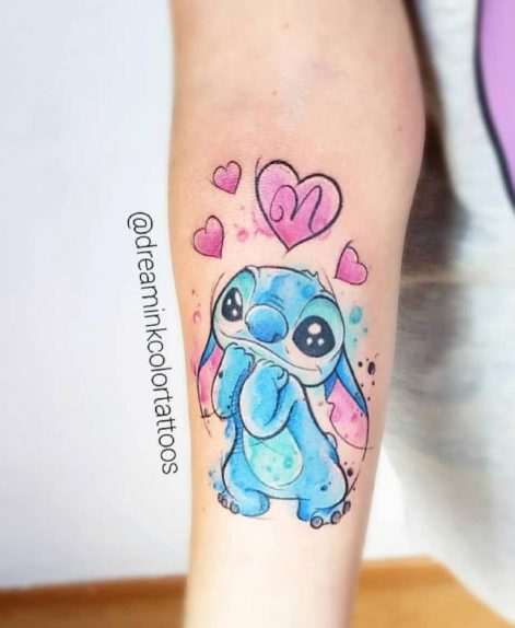 Stitch watercolor tattoo por Miriam en Madrid