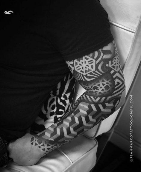 Tatuajes modernos en brazo Baltasartattoo Madrid